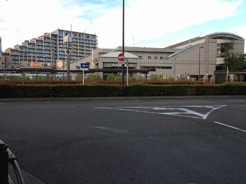 自転車道 多摩湖自転車道 管理 : ここからは西武新宿線に沿って ...